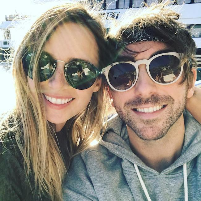 Alex Gaskarth and Lisa Ruocco in a December 2017 selfie