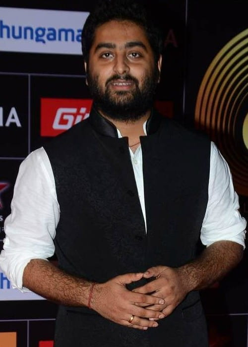 Arijit Singh at the 5th GiMA Awards in 2015