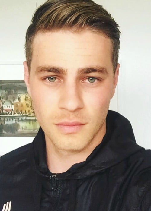 Cameron Fuller showing his new hair cut in a selfie in July 2016
