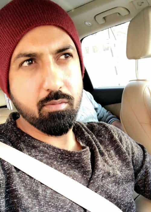 Gippy Grewal in a selfie in February 2018