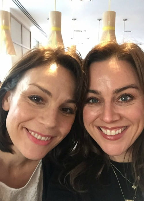 Jill Halfpenny (Right) promoting Kidscape in a Twitter post as seen in November 2017