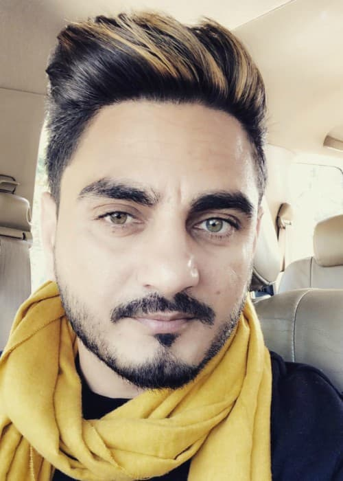 Kulwinder Billa in an Instagram selfie as seen in December 2017