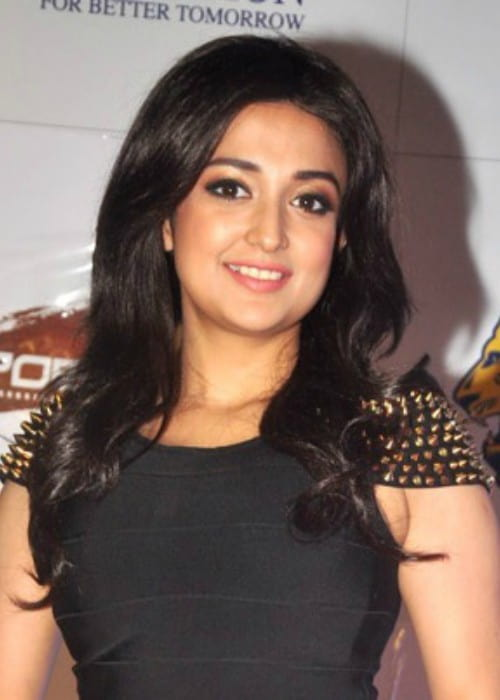 Monali Thakur at the 21st Lions Gold Awards 2015