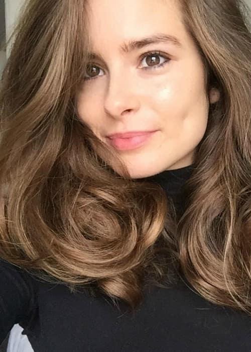 Rachel Shenton in a selfie as seen in September 2017
