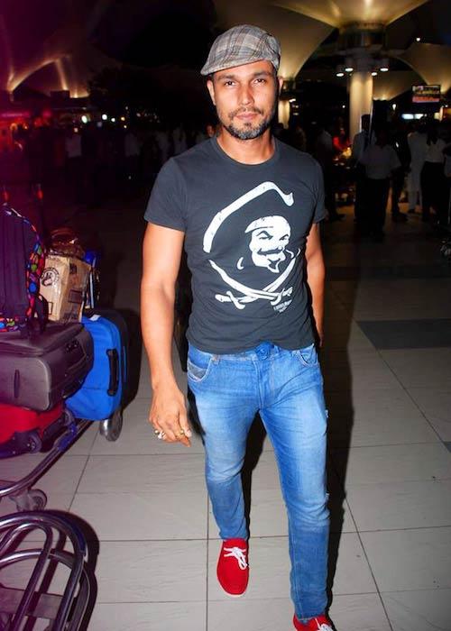 Randeep Hooda while returning from IIFA 2012