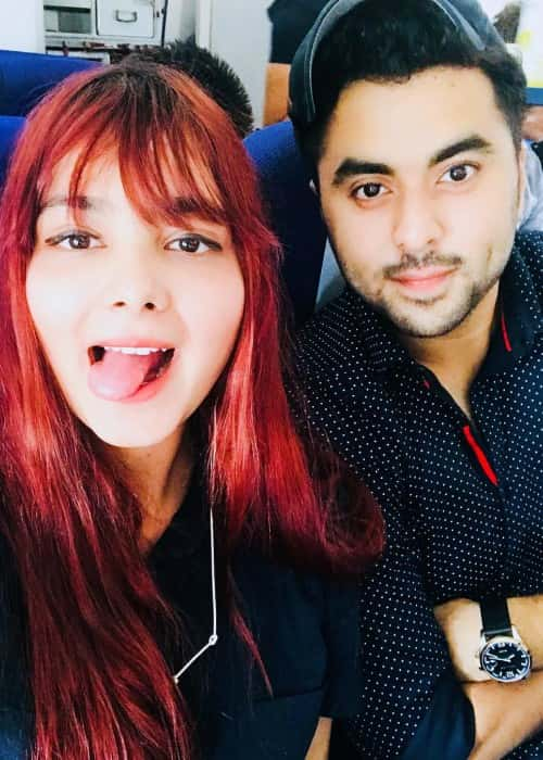 Shraddha Sharma and Gurashish Singh in a selfie in December 2017