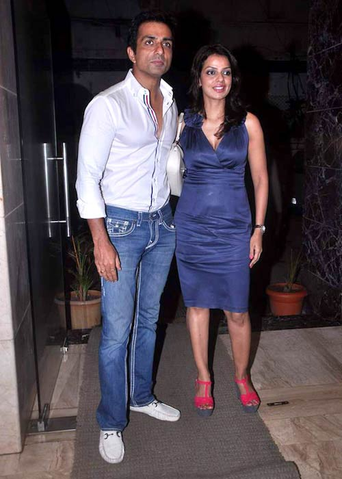 Sonu Sood at Nari Hira's birthday bash in 2012