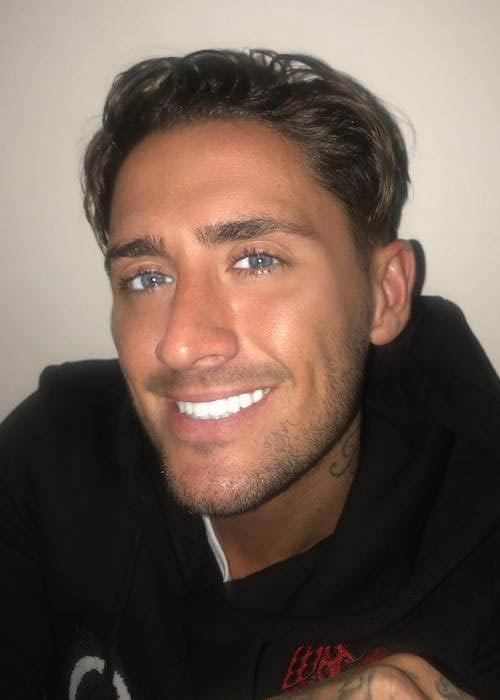 Stephen Bear in a February 2018 selfie