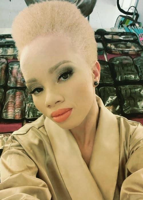 Thando Hopa in an Instagram selfie as seen in September 2016