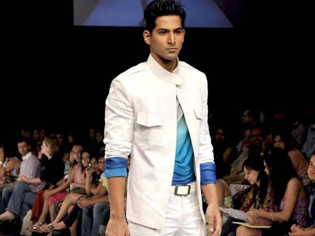 Vivan Bhatena during a ramp walk at Lakme Fashion Week 2010 for designer Riyaz Gangji