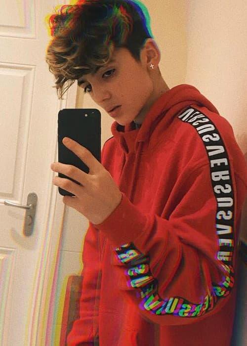 Aaron Melloul in a selfie as seen in March 2018