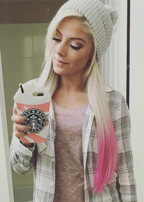Alexa Bliss in a selfie in December 2017