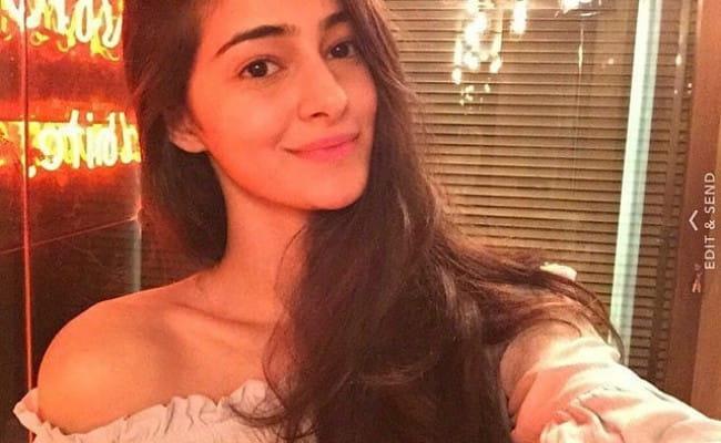 Ananya Pandey in a selfie in April 2018