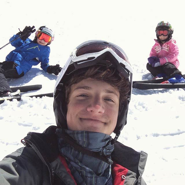 Jake Short skiing with his younger cousins in 2015