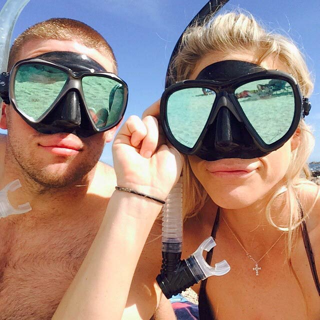 Julie Ertz and Zach Ertz while snorkeling in 2015