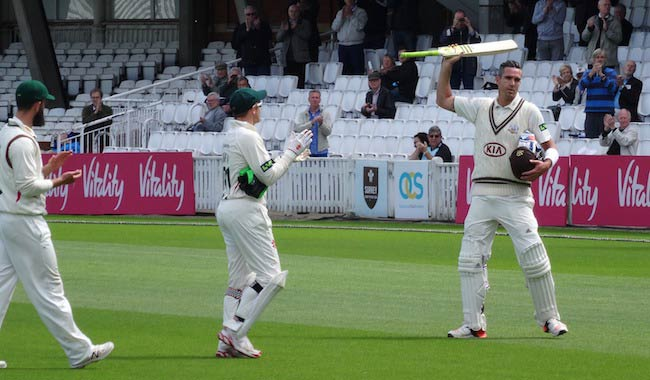 Kevin Pietersen (Right) during Ashes Cricket Series