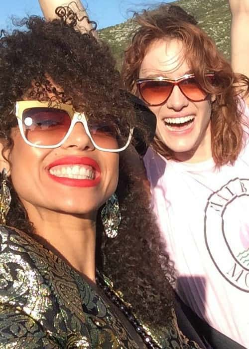 Mackenzie Davis (Right) and Gugu Mbatha-Raw in a selfie in March 2018