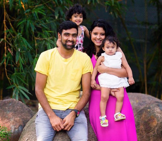 Ravichandran Ashwin with his family wishing everyone Happy New Year 2018