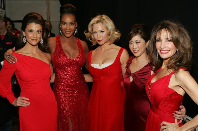 [Left to Right] Samantha Harris, Vivica A. Fox, Jennie Garth, Kristi Yamaguchi, and Susan Lucci backstage during the 2009 Heart Truth Fashion Show