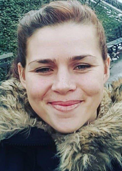 Savannah Marshall in an Instagram selfie as seen in March 2017