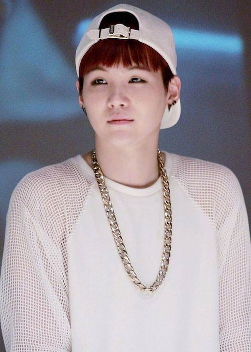 Suga during a fansign in Sinchon in September 2014