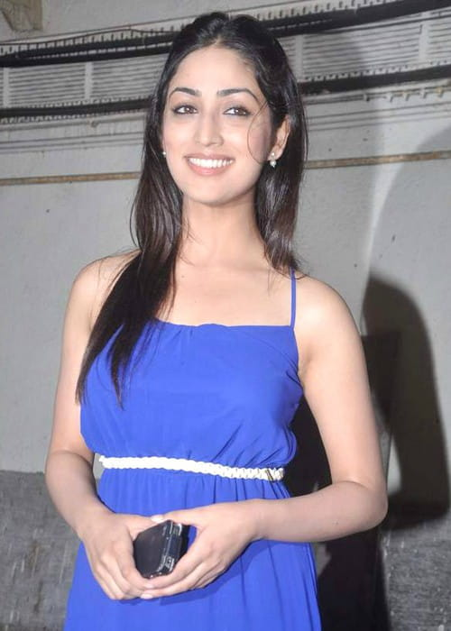 Yami gautam height weight age body statistics healthy for Age cuisine express