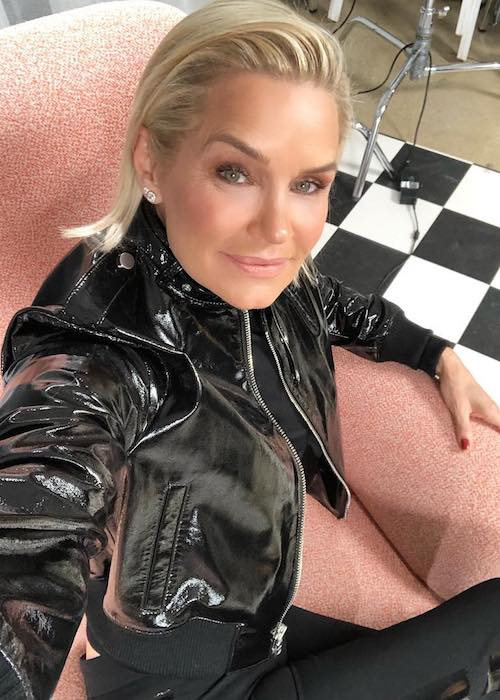 Yolanda Hadid in a January 2018 selfie