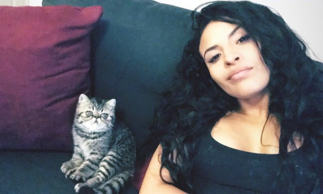 Zelina Vega in a selfie with her cat as seen in February 2018