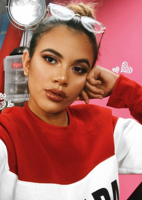 Adelaine Morin in a selfie in January 2018