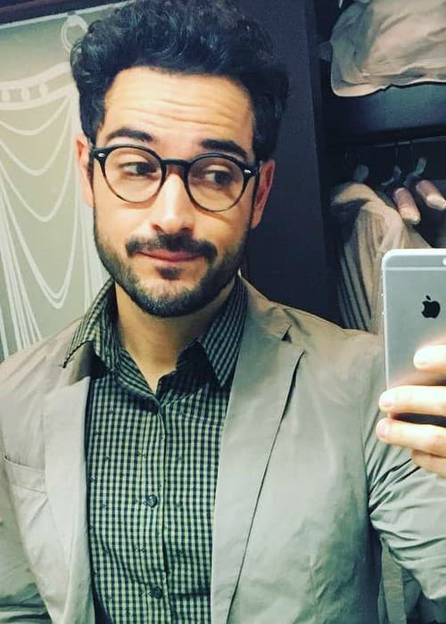 Alfonso Herrera in a selfie as seen in October 2017