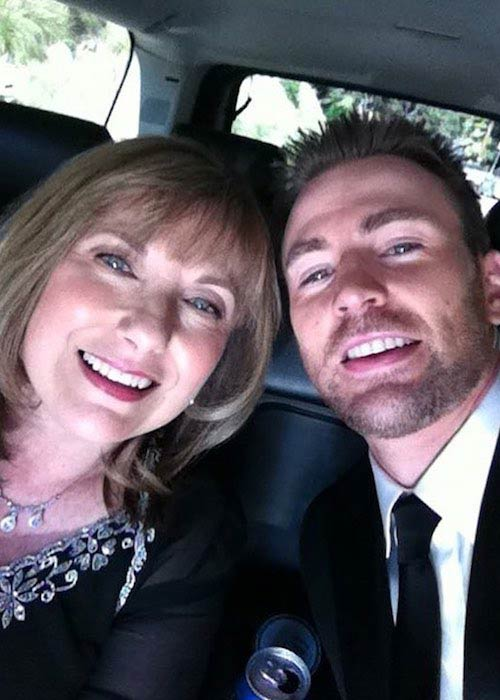Chris Evans wishing his mom a Happy Mother's Day