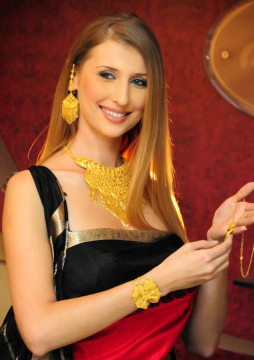 Claudia Ciesla at a press shoot in Calcutta in December 2008
