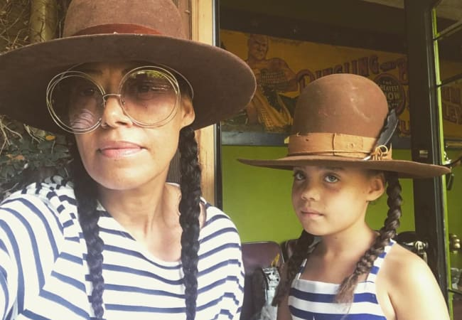 Cree Summer in a selfie with her daughter in April 2018