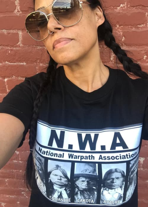 Cree Summer promoting The NTVS in a selfie in November 2017