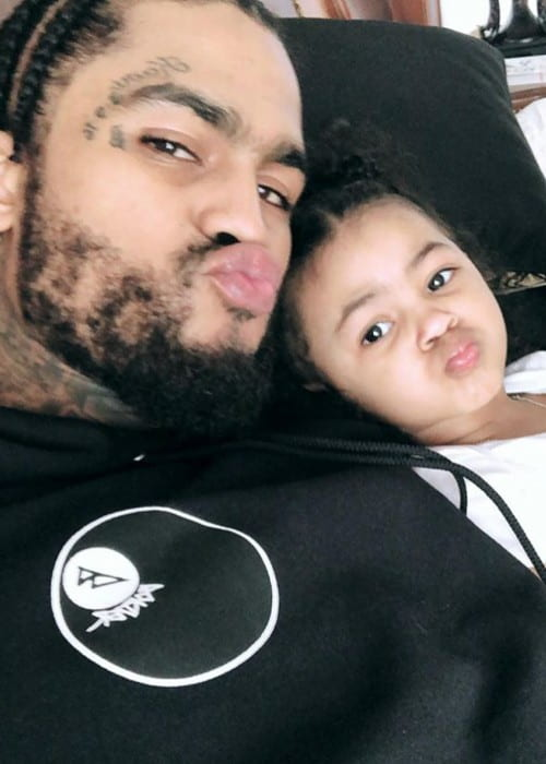 Dave East in a selfie with his daughter in April 2018