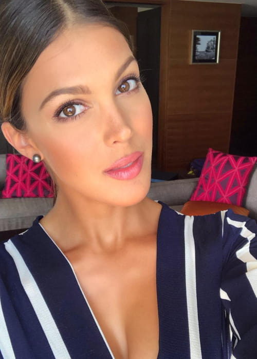 Iris Mittenaere in an Instagram selfie as seen in May 2018
