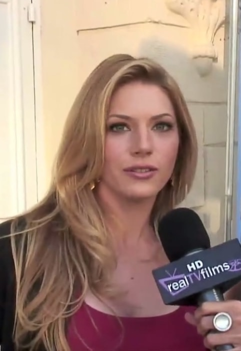 Katheryn Winnick being interviewed about her role in the film Cold Souls in 2009