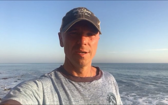Kenny Chesney in an Instagram selfie as seen in October 2017