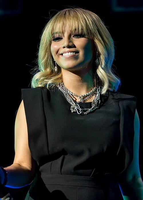 Kirstie Maldonado performing at the Austin360 Amphitheater in August 2015