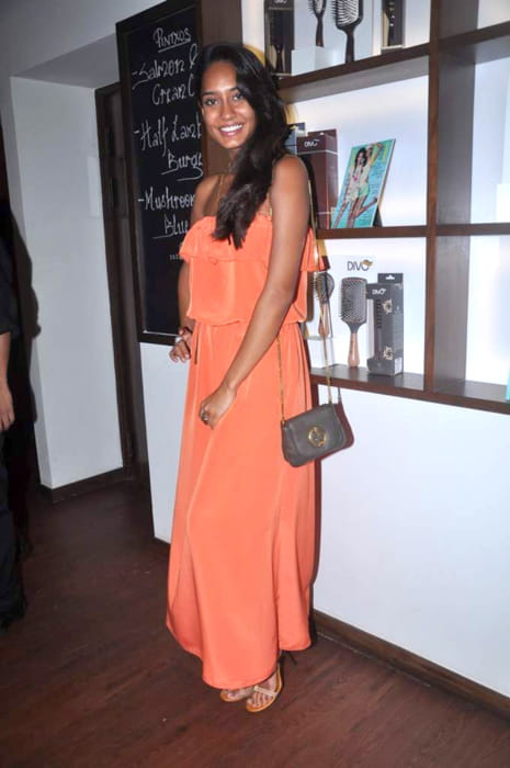 Lisa Haydon at Elle Divo event in April 2012