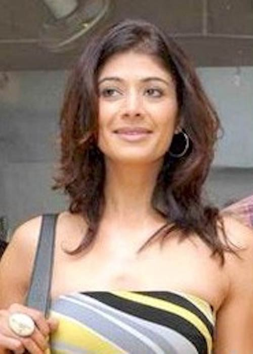 Pooja Batra during Anjalee and Arjun Kapoor's Festive Collection Preview in 2010