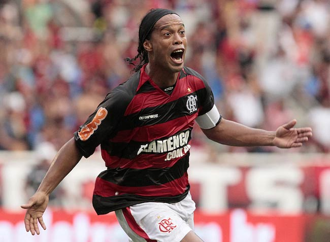 Ronaldinho at the end of the Guanabara Cup 2011