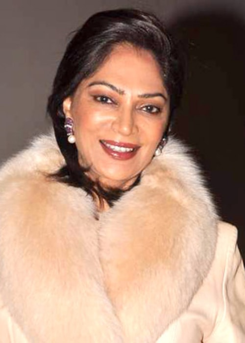 Simi Garewal at Farah Khan's birthday bash in January 2012