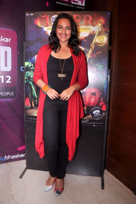 Sonakshi Sinha promoting Joker in July 2012