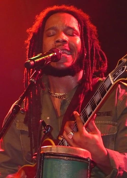 Stephen Marley performing in Vancouver in April 2007