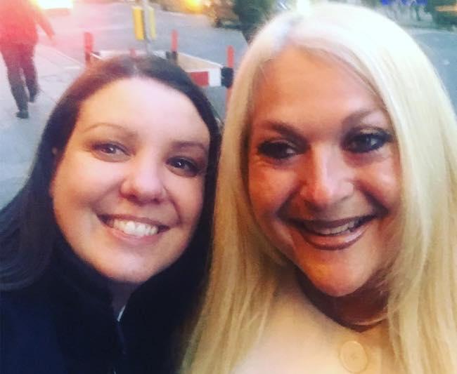 Vanessa Feltz with a fan in April 2018