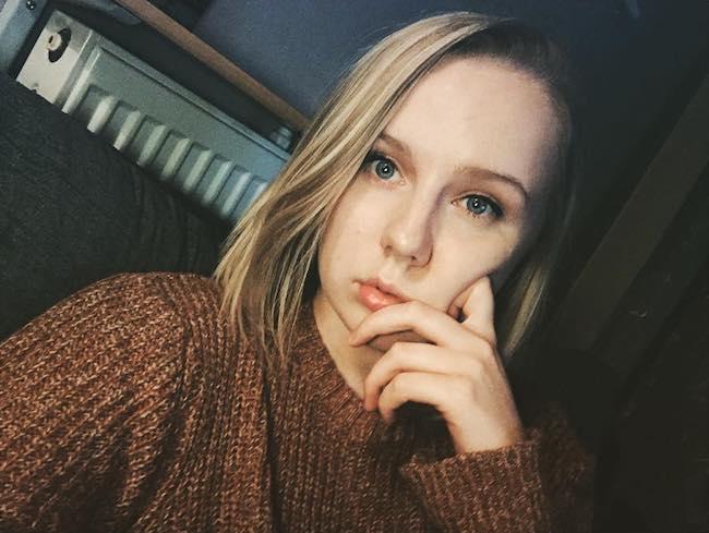 Alexa Davies in an Instagram selfie in January 2018