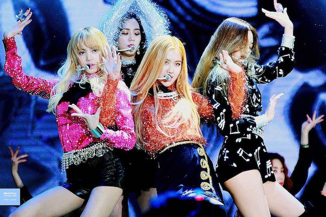 "BLACKPINK performing ""Playing with Fire"" song at the 31st Golden Disc Awards in January 2017"