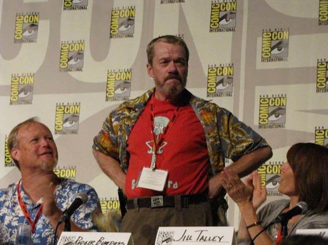 Bill Fagerbakke and Rodger Bumpass standing on the SpongeBob SquarePants panel at the San Diego Comic-Con in 2009