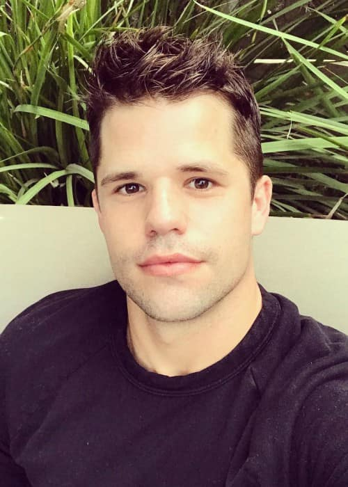 Charlie Carver in an Instagram selfie as seen in January 2018